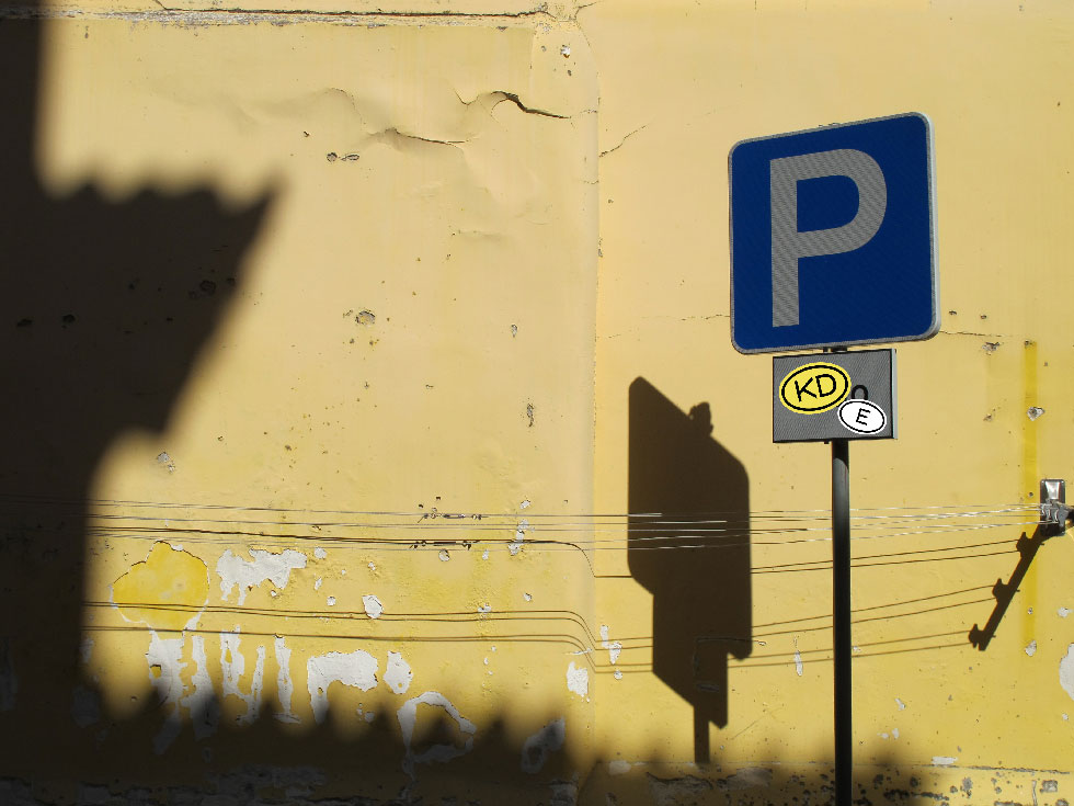 Karavan_Design_Parking
